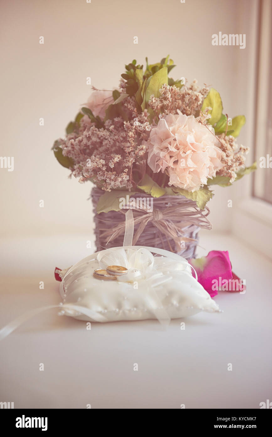 Valentines Day or wedding bouquet. background with flower on table - Stock Image