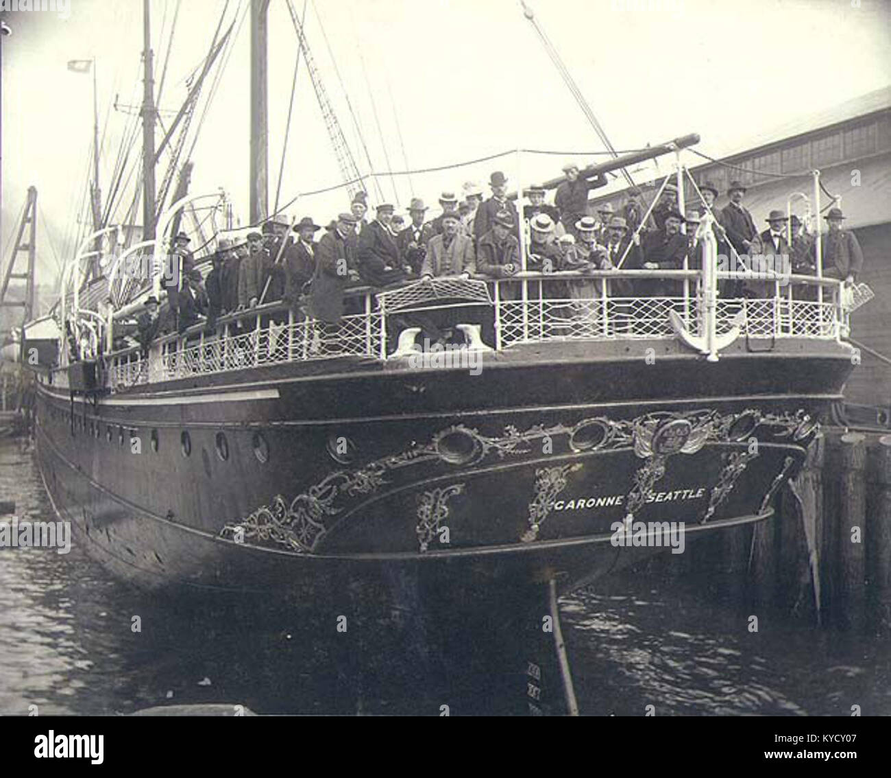 Passenger steamship GARONNE at dock, possibly Seattle, Washington, ca 1904 (HESTER 177) - Stock Image