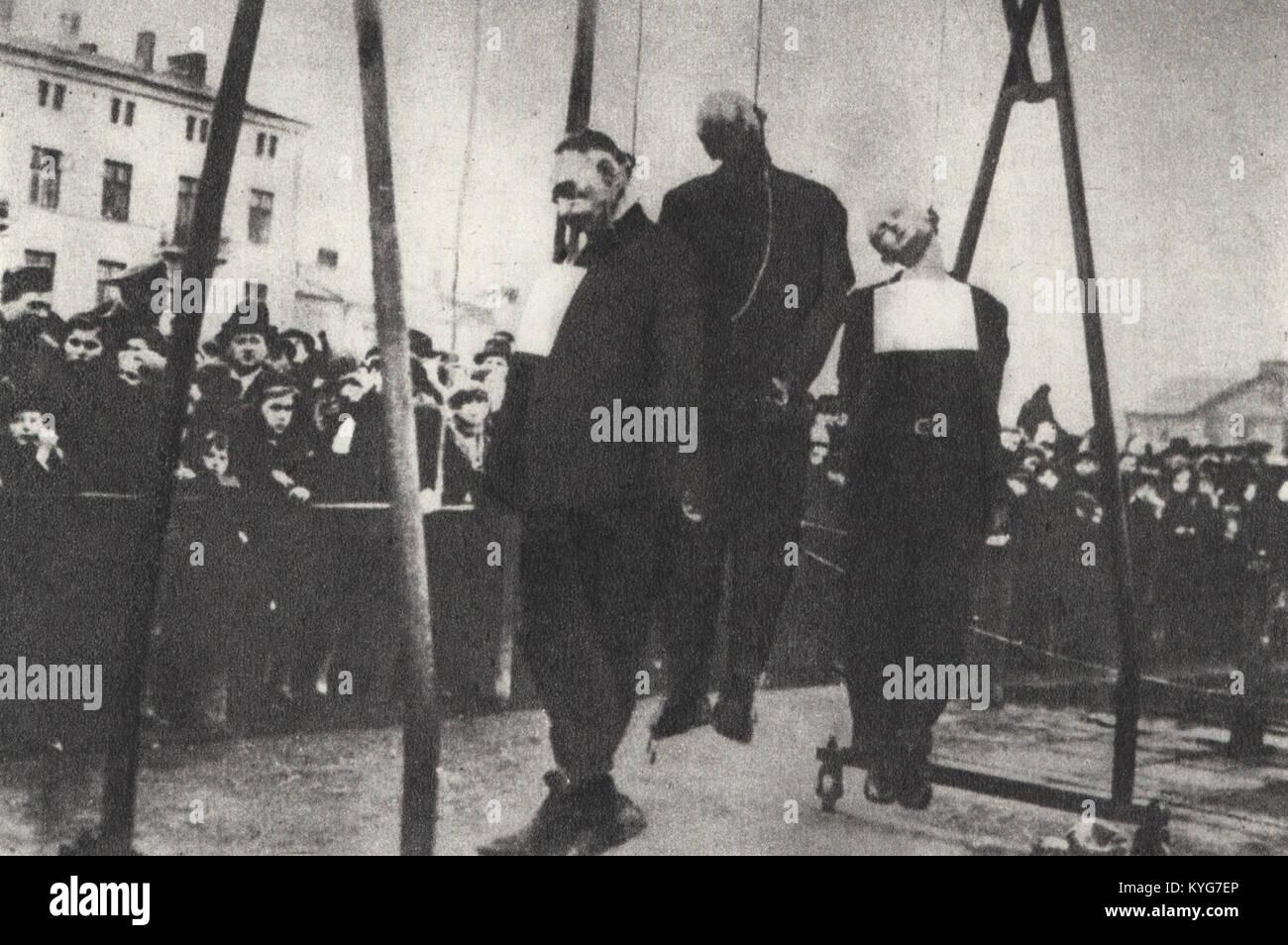 Public execution of Poles in German-occupied Łódź Stock Photo