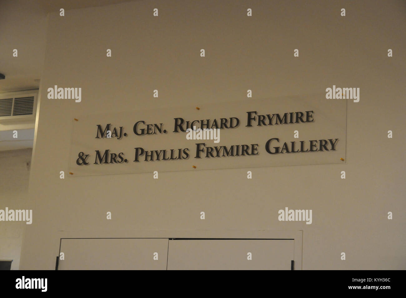 The new sign dedicating the gallery hall to Maj. Gen. Richard Frymire and Mrs. Phyllis Frymire for their contribution - Stock Image