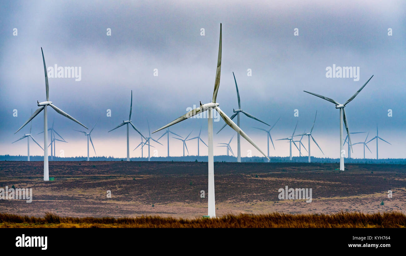 View of wind turbines at Whitelee Windfarm in East Renfrewshire operated by Scottish power, Scotland, United Kingdom - Stock Image