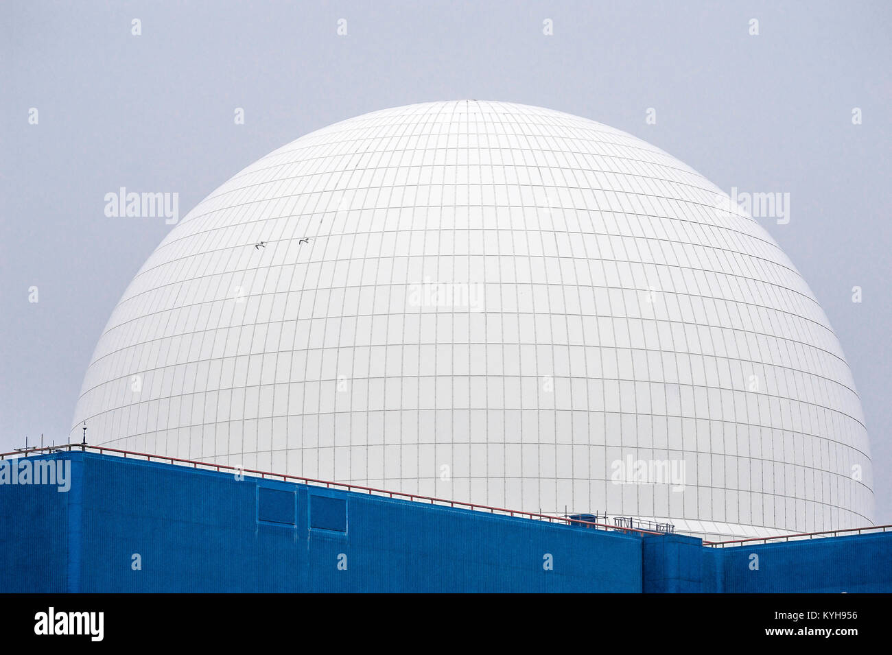 The dome of the Sizewell B nuclear power station on the Suffolk coast, England. - Stock Image
