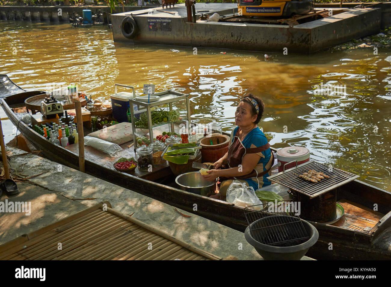 Klong Lad Mayom Floating Market, Bangkok, Thailand - Stock Image