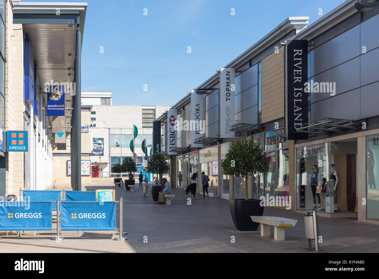 Retail shops in The Water Gardens, College Square, Harlow, Essex, England, United Kingdom - Stock Image