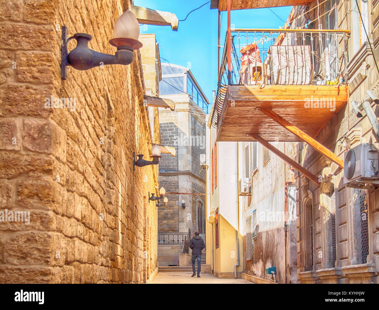 Street in Baku old town (HDR) - Stock Image