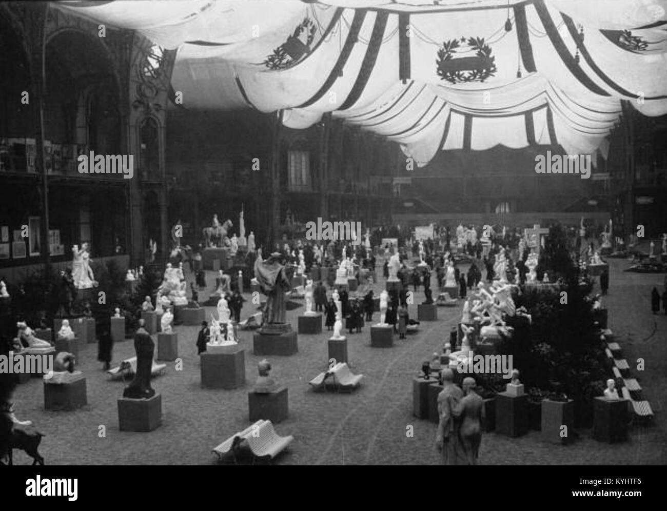 Salon des artistes français 1932 - Stock Image