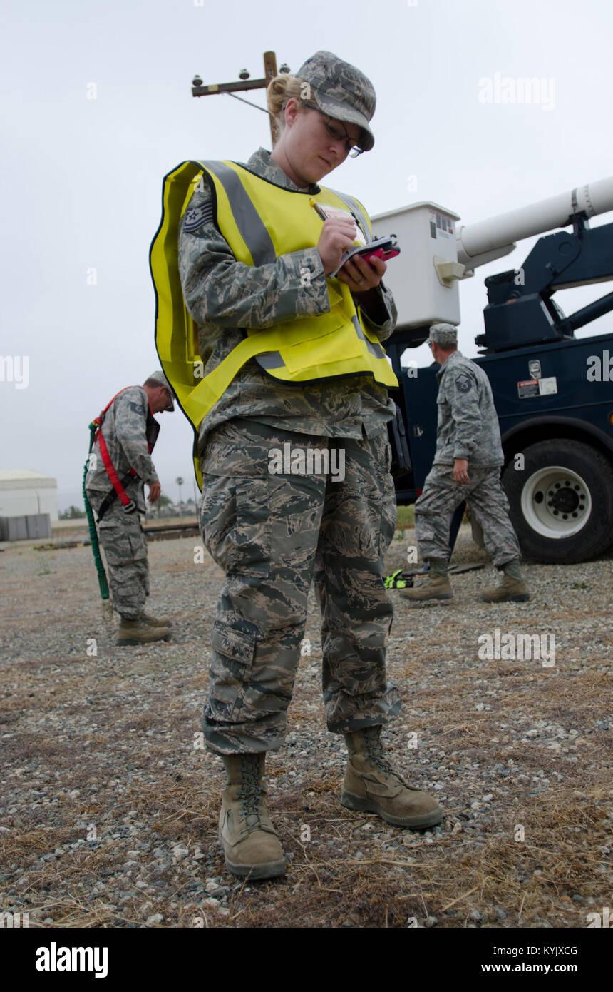 Tech Sgt. Anna Lahaie, team leader in the Kentucky Air National Guard's 123rd Explosive Ordinance Disposal Flight, - Stock Image