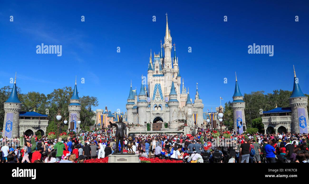 Cinderella Castle in Magic Kingdom, Disney, Orlando, Florida - Stock Image