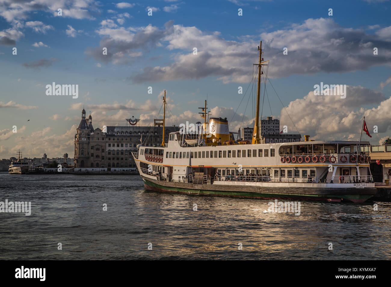 istanbul kadıköy rıhtım iskele boat - Stock Image
