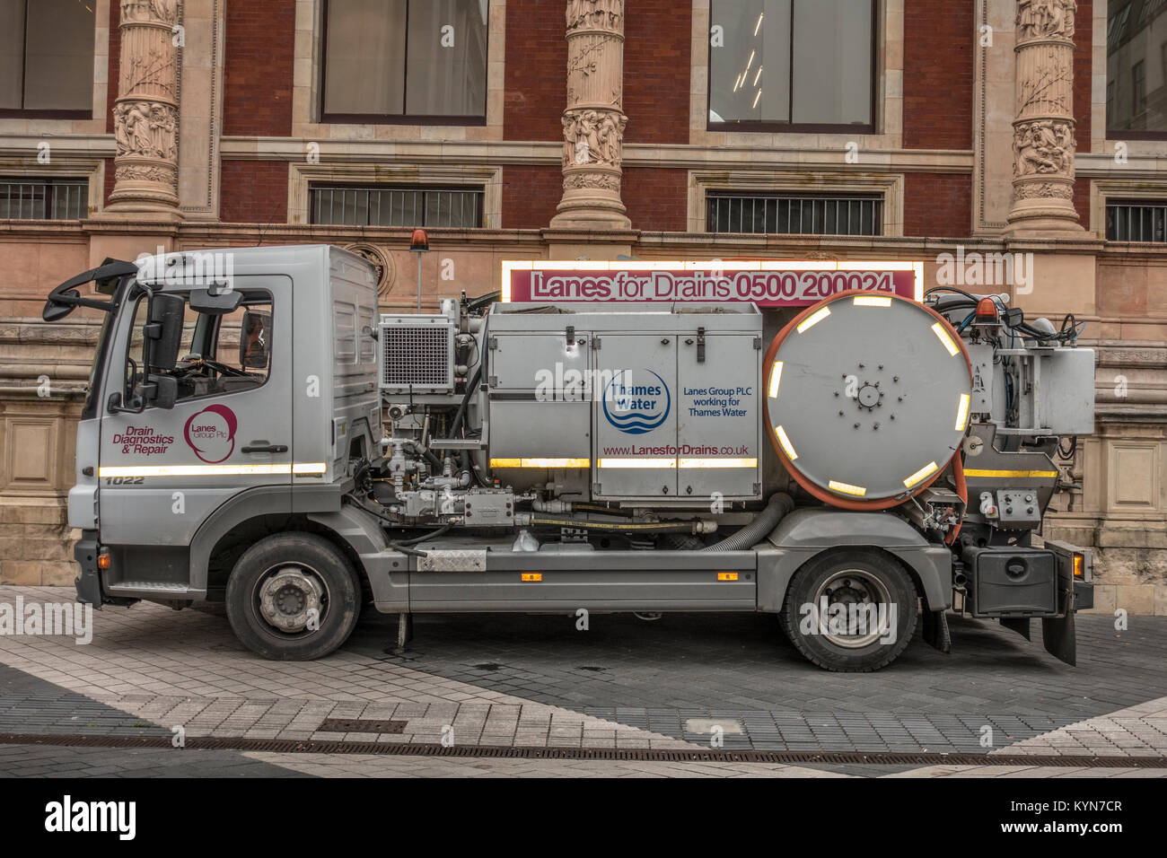 Lanes for Drains lorry (drain diagnostics and repair), working for Thames Water, parked in Exhibition Road, South - Stock Image