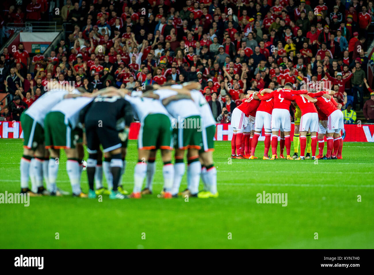 Cardiff Wales October 09 Team Huddles Ahead Of The Fifa World Cup Qualifying Match Between And Ireland At City Stadium On
