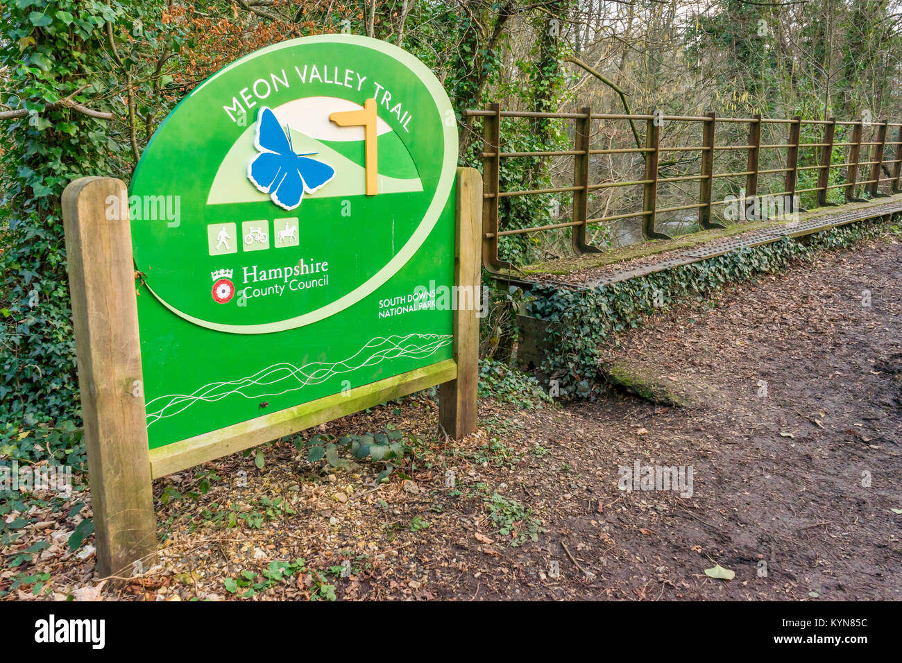 Green Meon Valley Trail sign near Wickham in Hampshire, England, UK - Stock Image