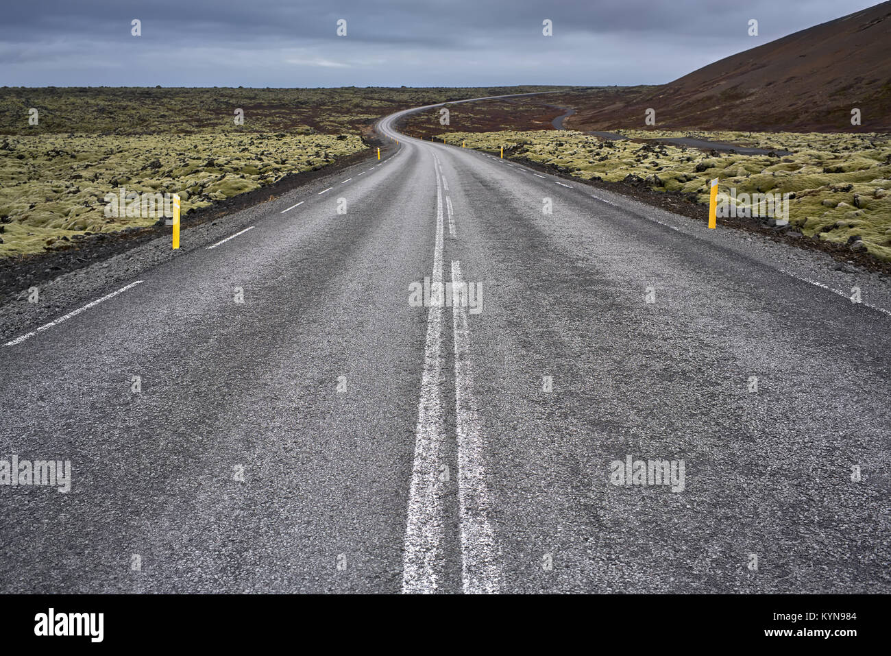 Icelandic landscape with country roadway - Stock Image