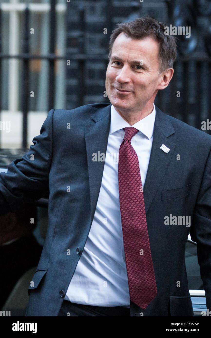 London, UK. 16th Jan, 2018. Jeremy Hunt MP, Secretary of State for Health and Social Care, arrives at 10 Downing Stock Photo