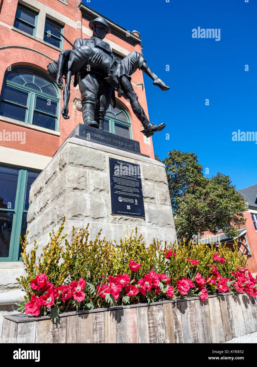WWI memorial sculpture by James Butler commemorating the 167th US Infantry Regiment of the Rainbow Division at Union - Stock Image