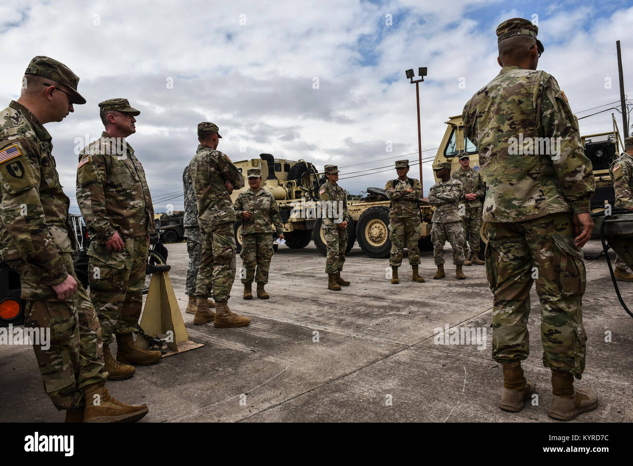 Service members from Joint Task Force-Bravo's Medical Element, 1st Battalion, 228th Aviation Regiment, Army Forces Stock Photo