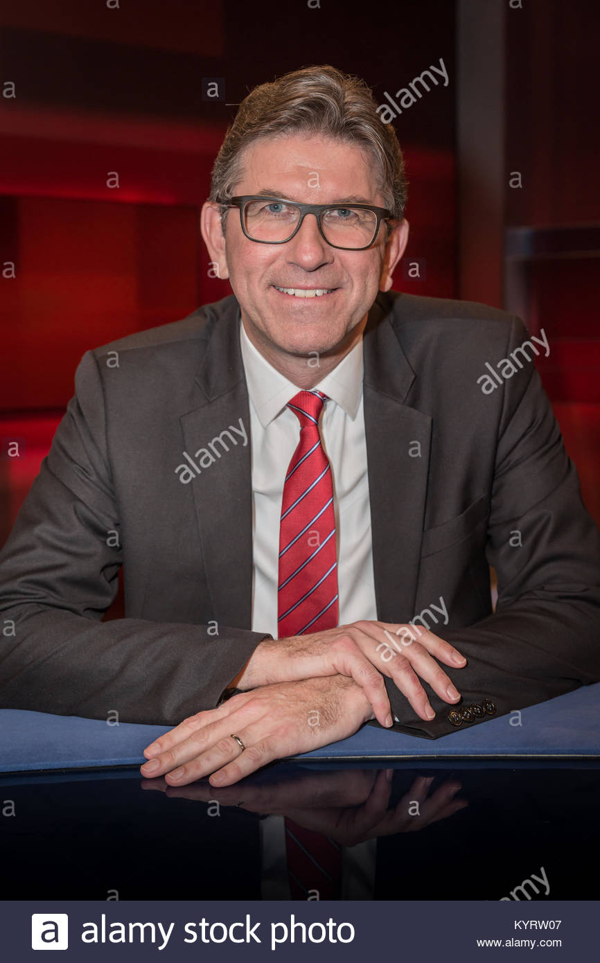 """Wolfram Weimer, Publizist und Verleger sowie Leiter der Weimer Media Group GmbH im Fernsehstudio bei """"Hart aber - Stock Image"""