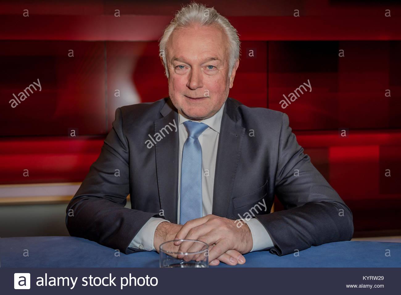 Wolfgang Kubicki, Vizepraesident des Deutschen Bundestages, stellvertretender FDP-Bundesvorsitzender bei Hart aber - Stock Image