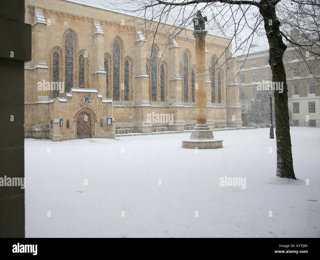 Temple Church in the snow, Inner Temple London - Stock Image