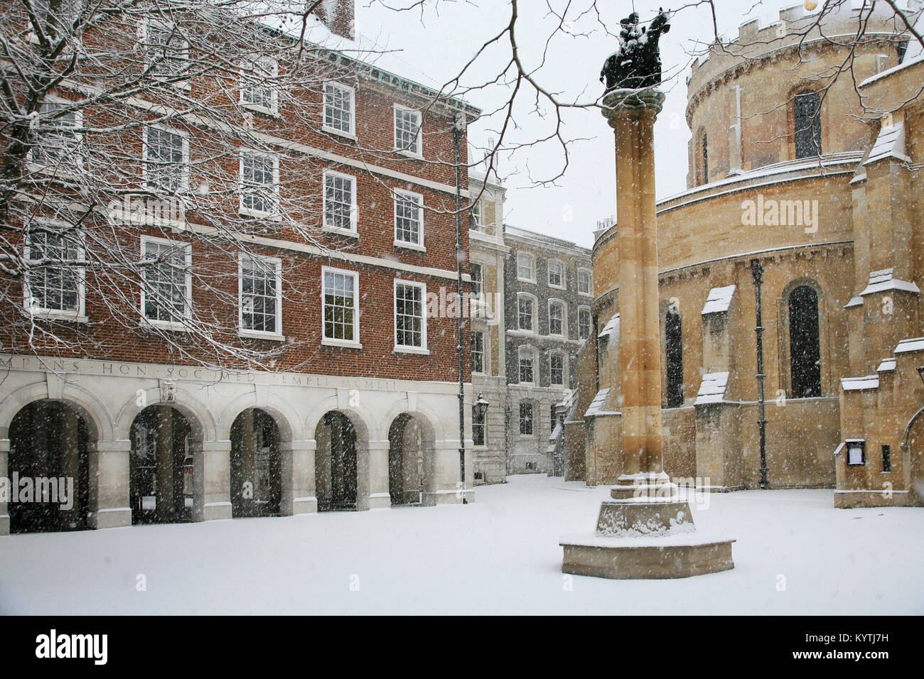 Snowing at Temple Church London - Stock Image