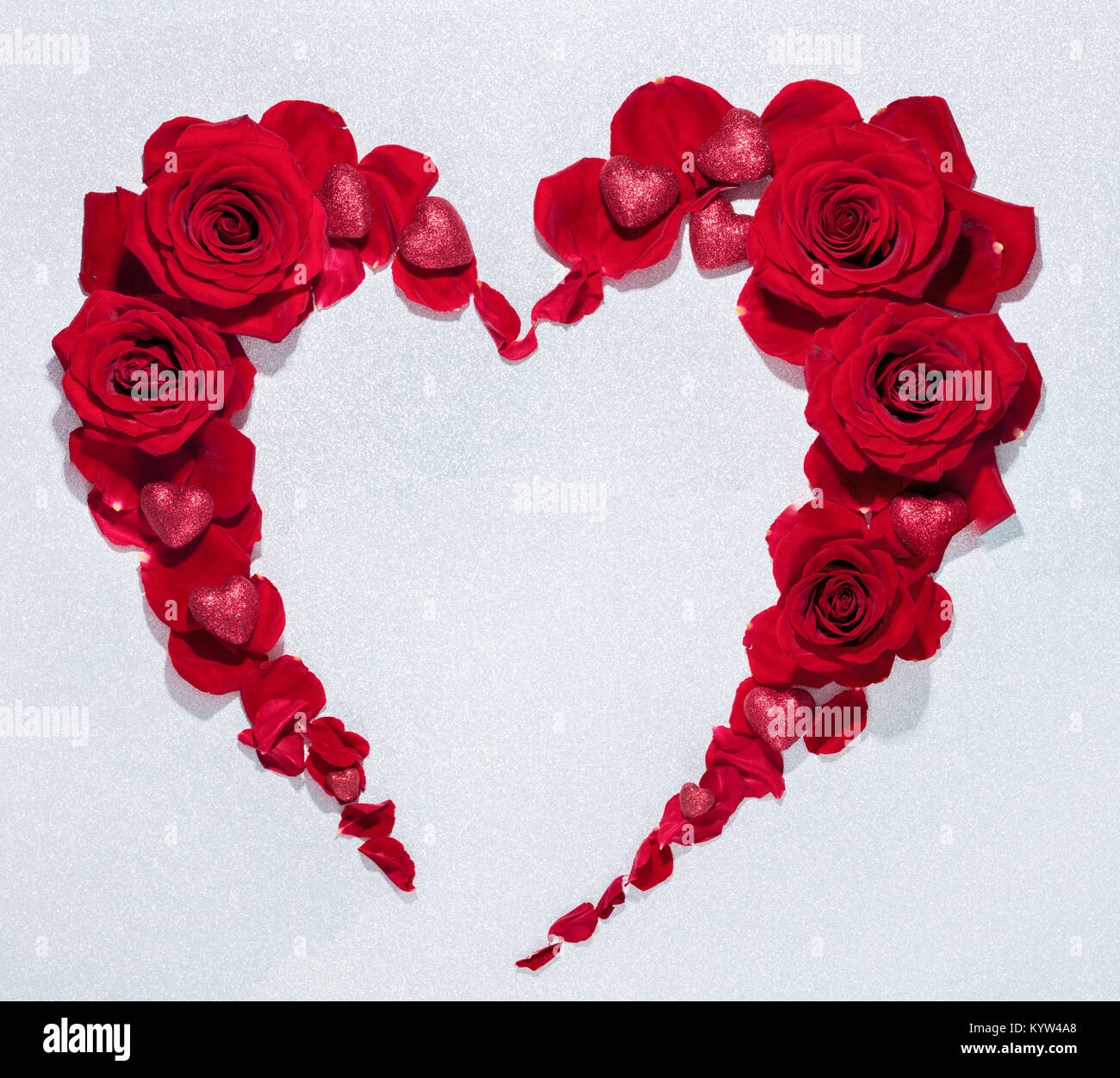 Red Rose Flower Bouquet Heart Shape Stock Photo Alamy
