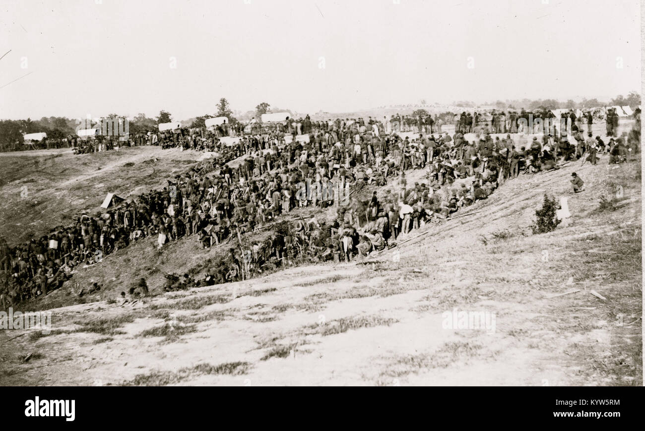 Confederate prisoners at Belle Plain Landing, Va., captured with Johnson's Division, May 12, 1864 - Stock Image