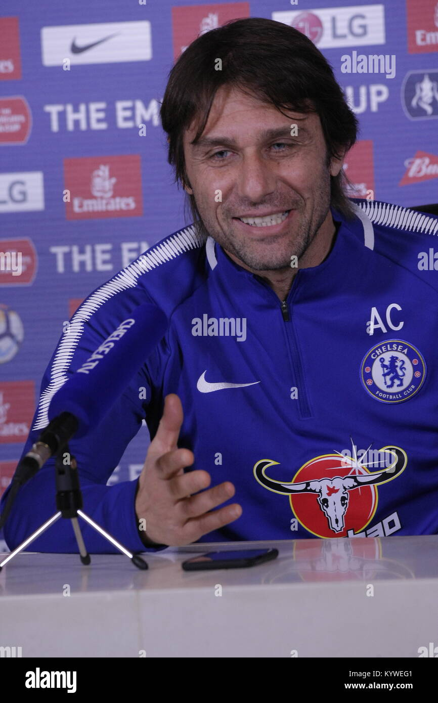 Cobham, Surrey, UK. 16th Jan, 2018. Antonio Conte - Chelsea Football Club Manager, discusses his views on the current - Stock Image