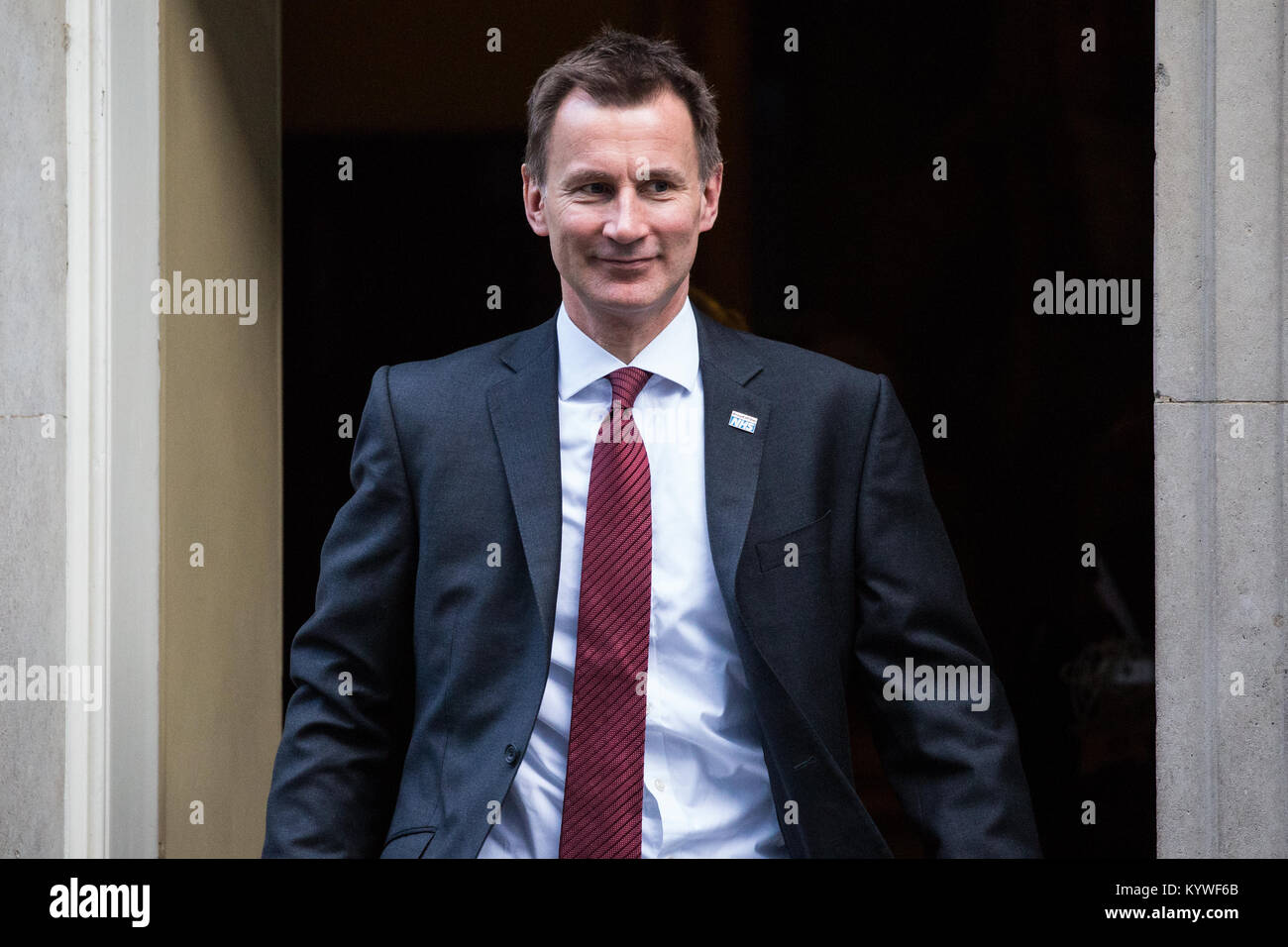 London, UK. 16th Jan, 2018. Jeremy Hunt MP, Secretary of State for Health and Social Care, leaves 10 Downing Street Stock Photo