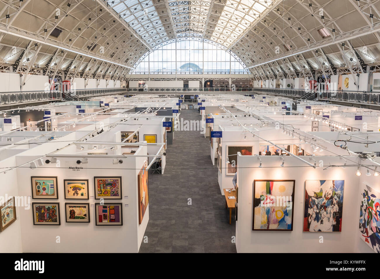 London, UK. 16th Jan, 2018. Gallery stands display their works at the preview day of the 30th anniversary of the Stock Photo