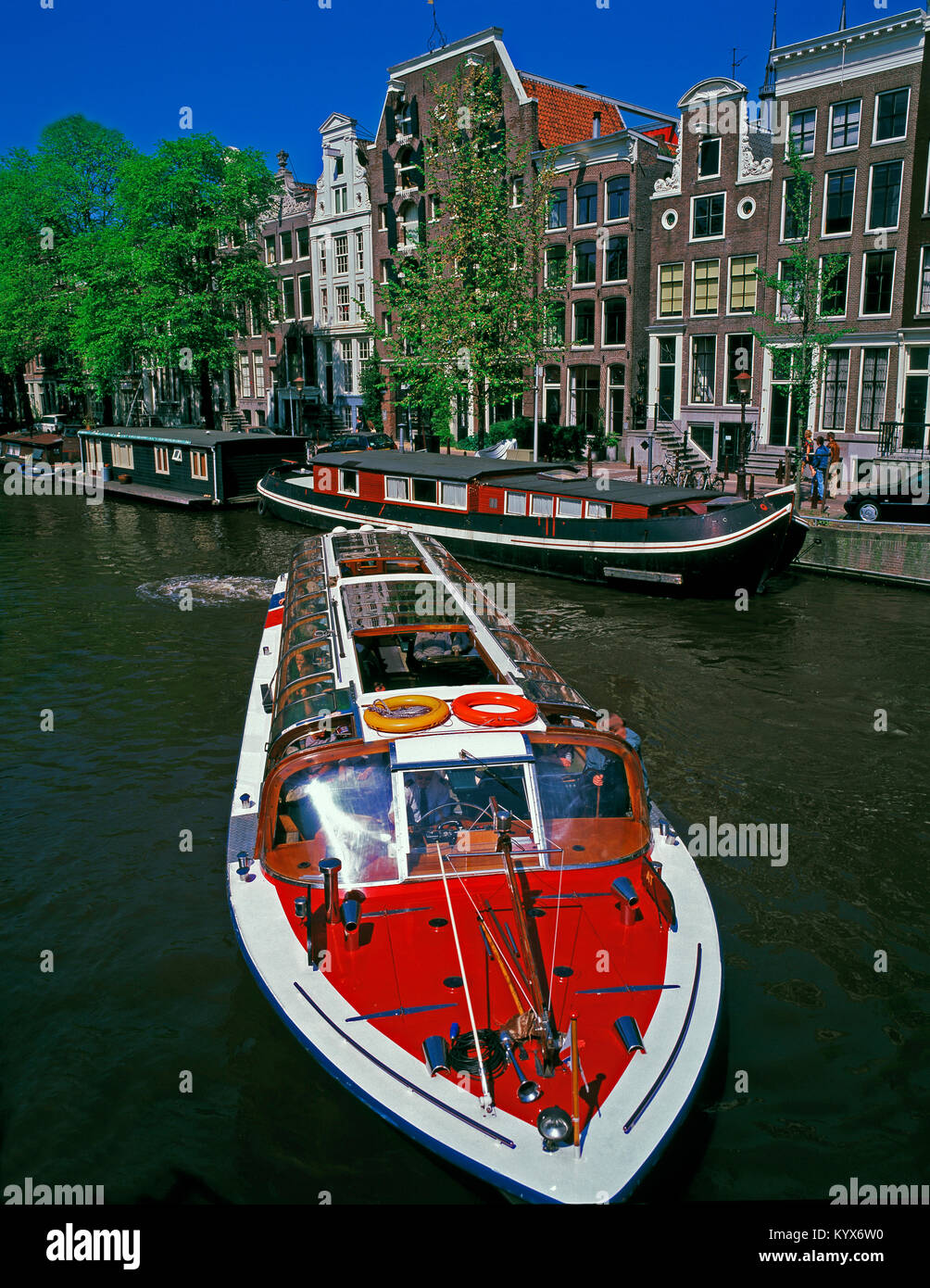 Pleasure/Tourist boat on Brouwersgracht Canal, Amsterdam, Noord Holland, Netherlands - Stock Image