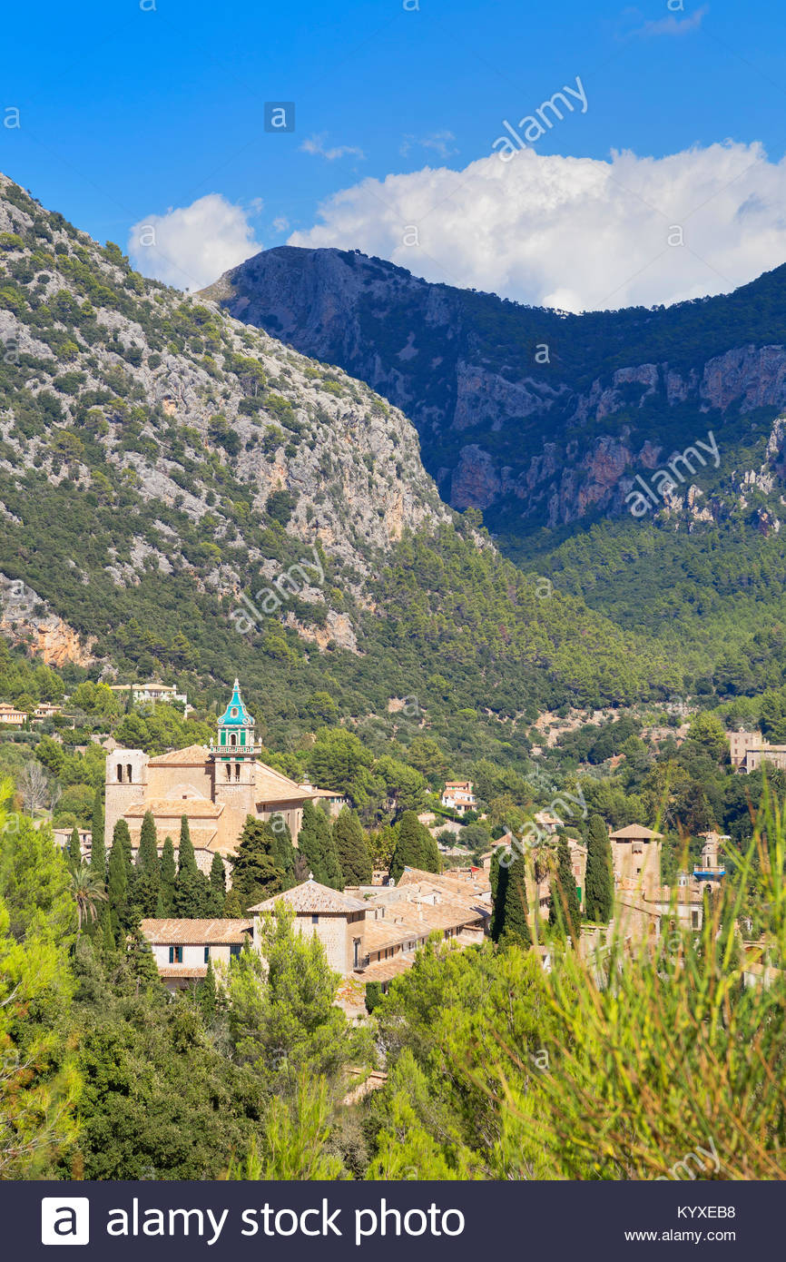 View of Valldemossa village, Valldemossa, Mallorca, Balearic Islands, Spain, Europe - Stock Image