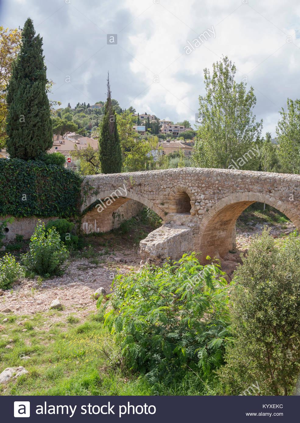 Old Roman double arch stone bridge, Pollenca, Mallorca, Balearic Islands, Spain, Europe Stock Photo