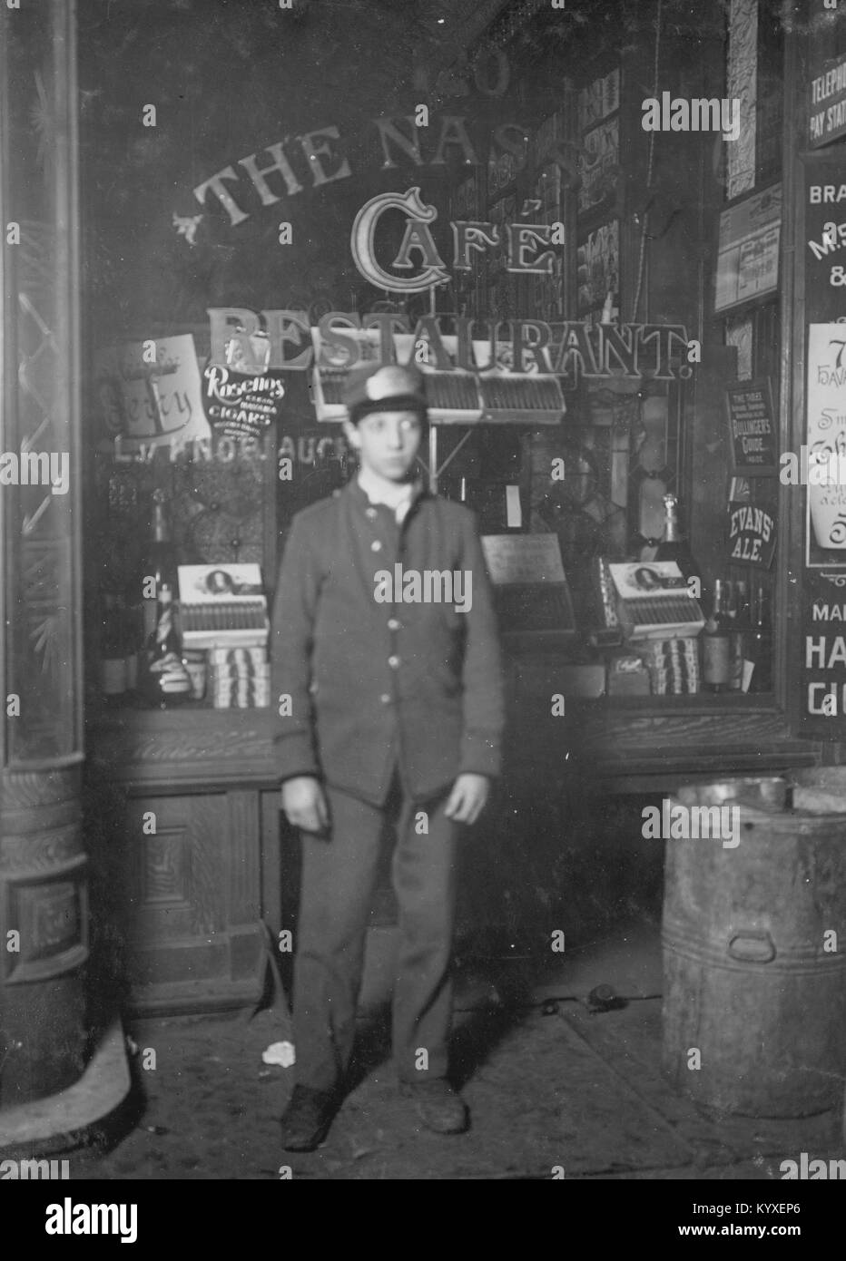 Jewish Messenger in Manhattan work for Postal Telegraph - Stock Image