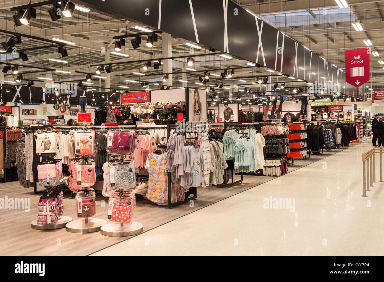 46ddf554ce5f Tesco Clothing Stock Photos & Tesco Clothing Stock Images - Alamy