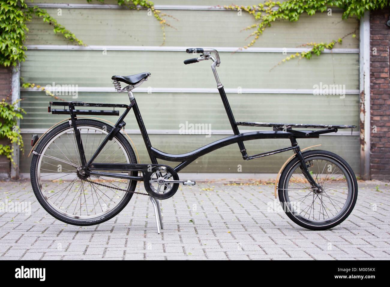 Customized Bicycle Stock Photos & Customized Bicycle Stock Images ...