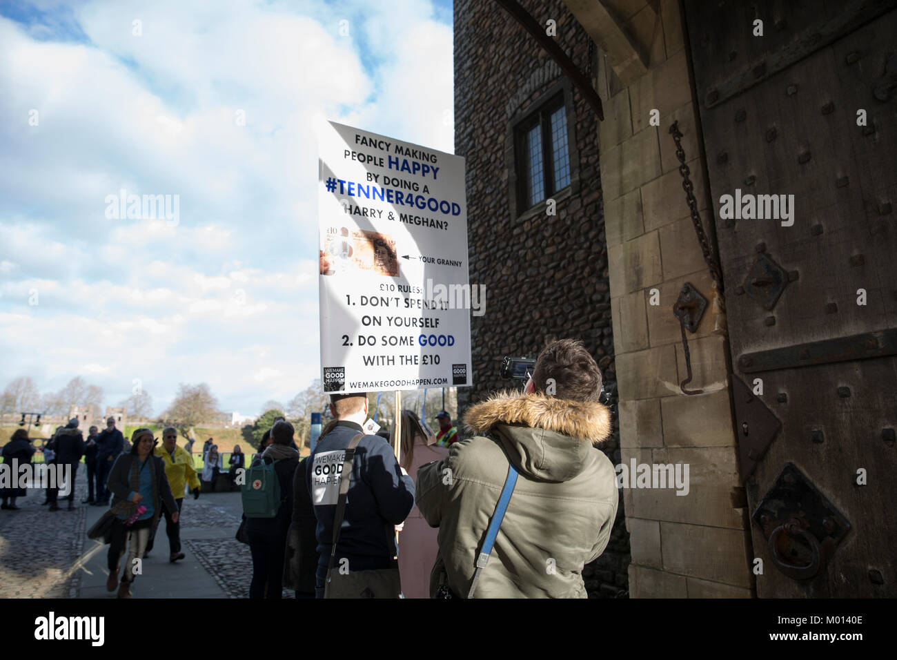 Cardiff, Wales, UK. 18th Jan, 2018. Excited fans arrive with banners and signs as they wait for the arrival of Prince Stock Photo