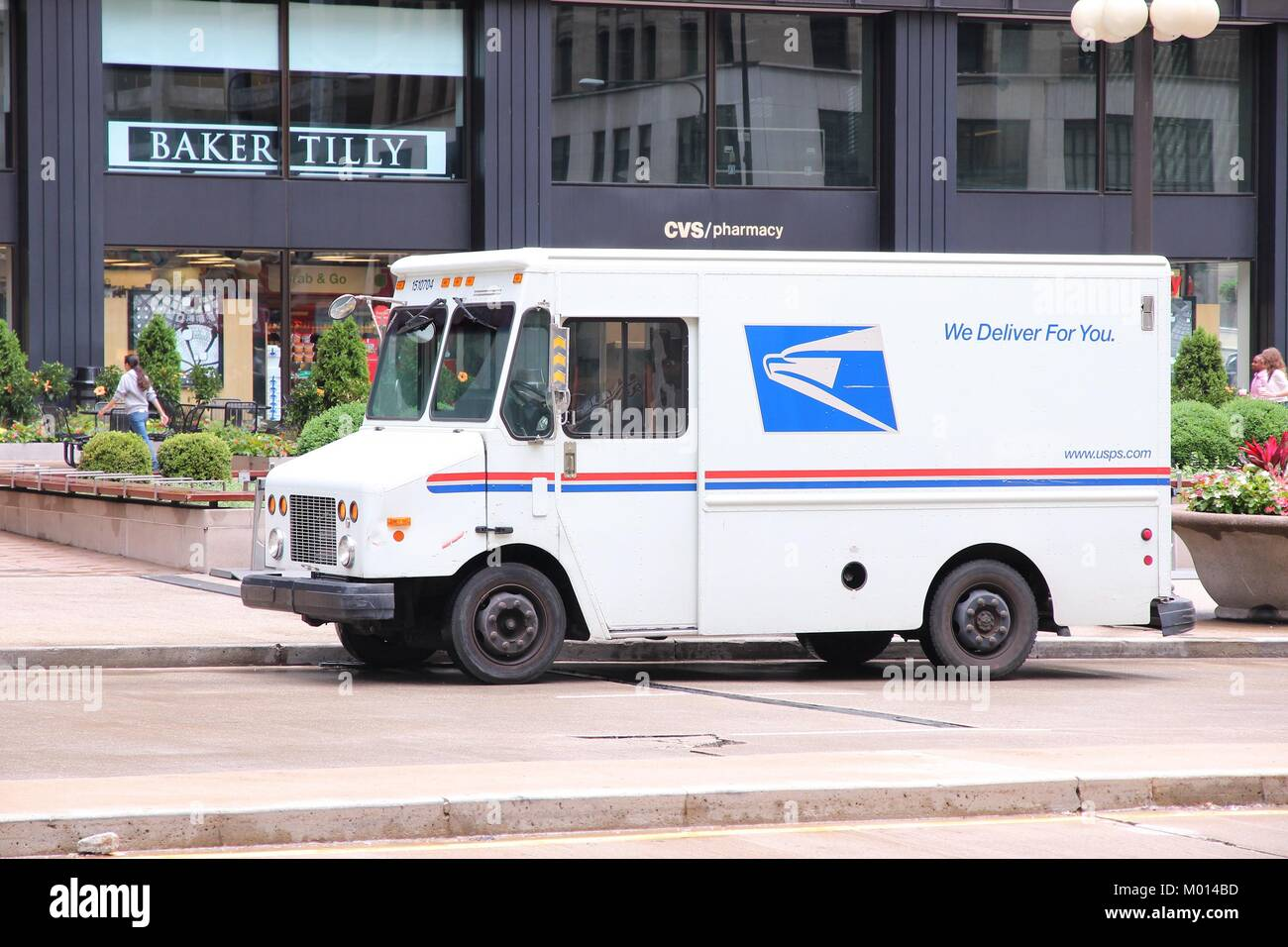 Usps Mail Truck High Resolution Stock Photography And Images Alamy