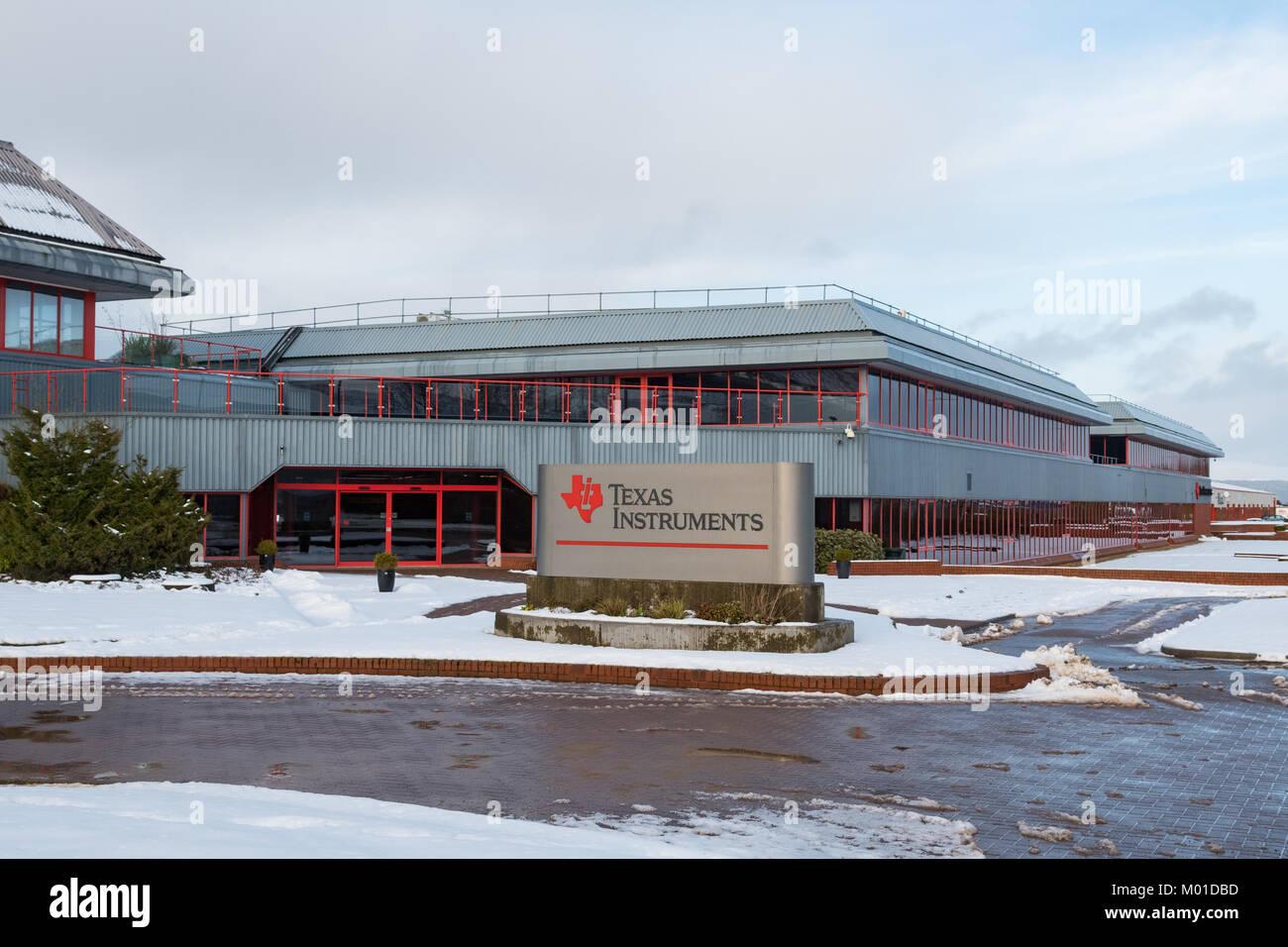 Texas Instruments semiconductor factory, Gourock, Greenock, Scotland, UK - Stock Image