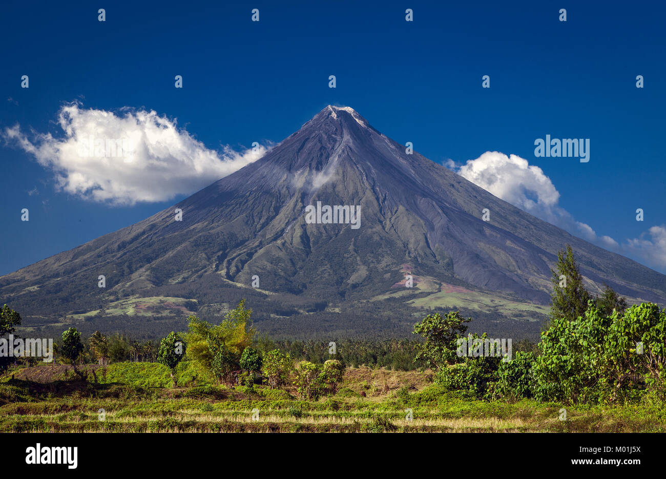 Mount Mayan is a stratovolcano in the Province of Albay, Bicol Region of Luzon Island in the PHilippines. It's - Stock Image