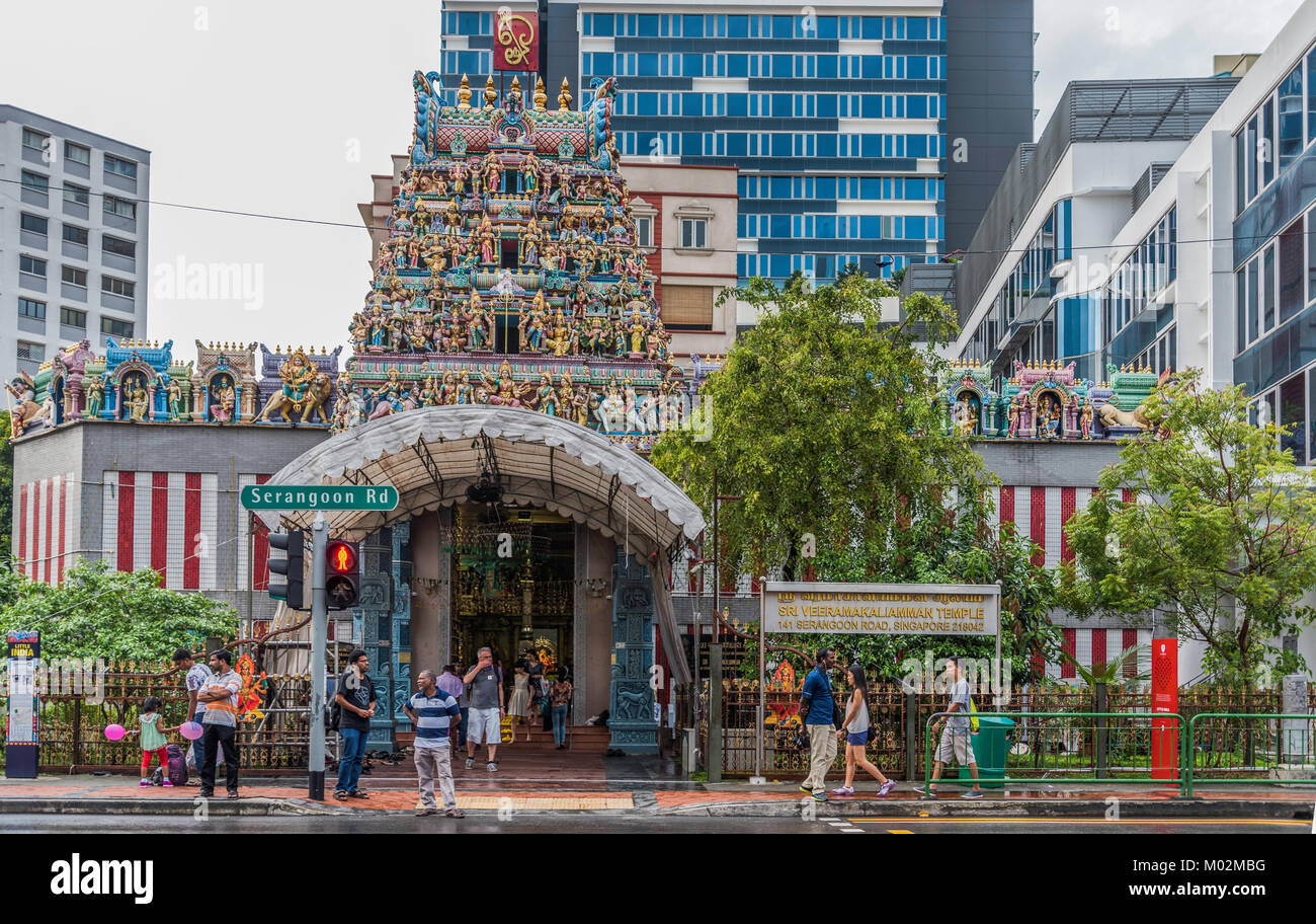 people in the streets of Little India, Singapore - Stock Image