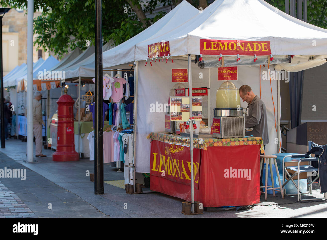 A lemonade stand, part of a large weekend market in Sydney's historic Rocks Precinct in New South Wales, Australia - Stock Image