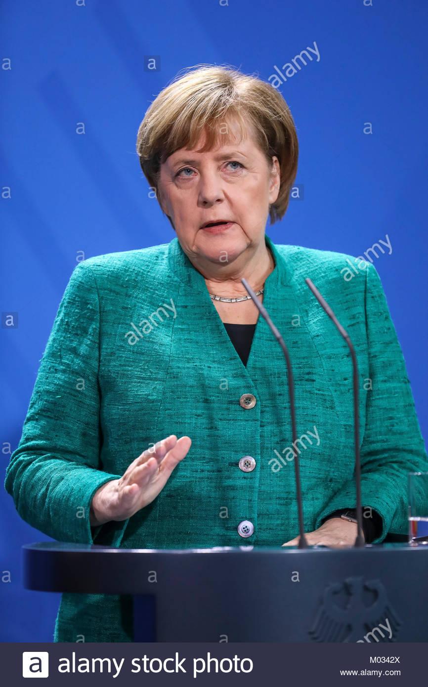 Presseunterrichtung nach dem Gespräch mit dem Bundeskanzler der Republik Oesterreich durch die Bundeskanzlerin - Stock Image