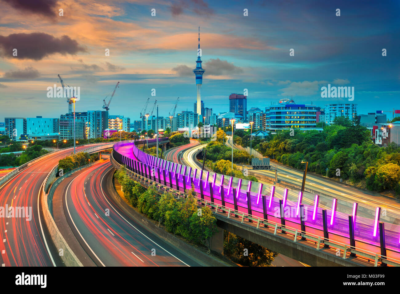 Auckland. Cityscape image of Auckland skyline, New Zealand at sunset. - Stock Image