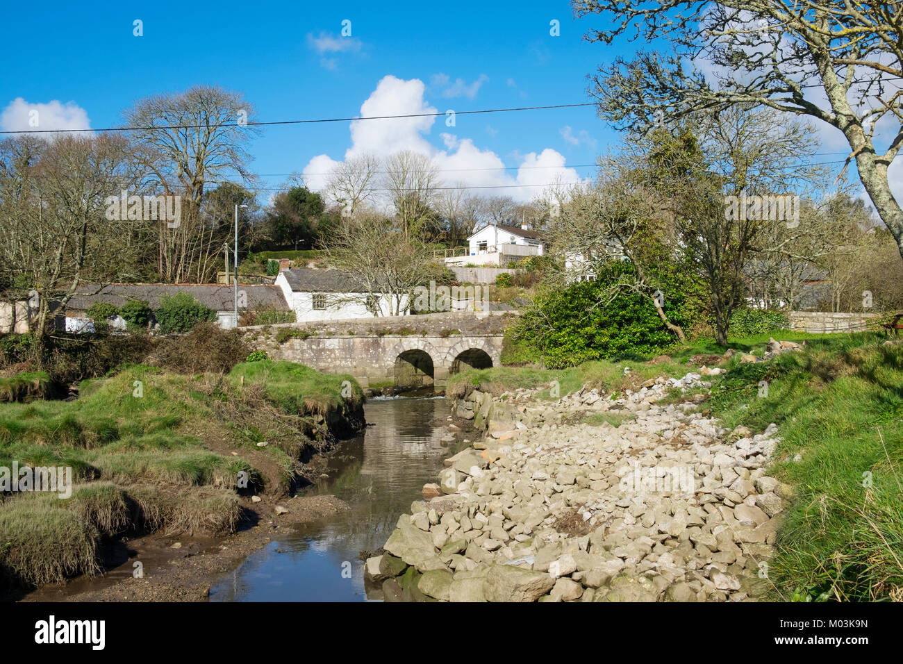 the riverside village of gweek at the head of the helford river near helston in cornwall, england, britain, uk. Stock Photo