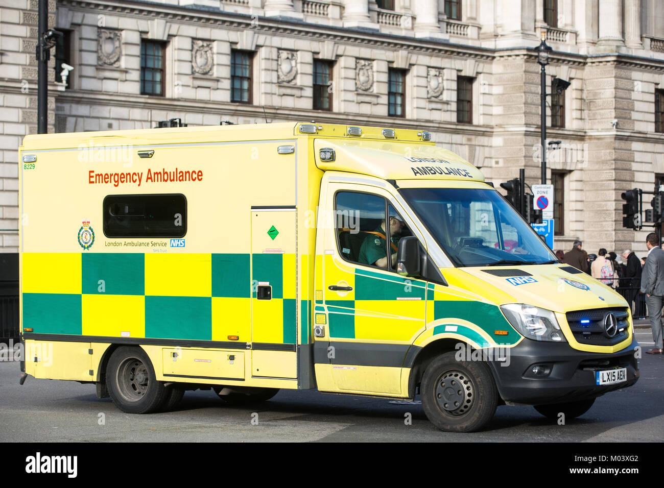 Mercedes Ambulance Stock Photos & Mercedes Ambulance Stock
