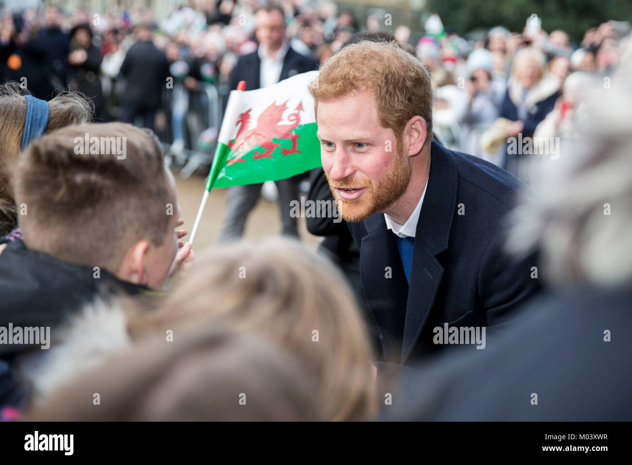 Cardiff, Wales, UK, January 18th 2018. Prince Harry meets schoolchildren as he arrives at Cardiff Castle. Credit: - Stock Image