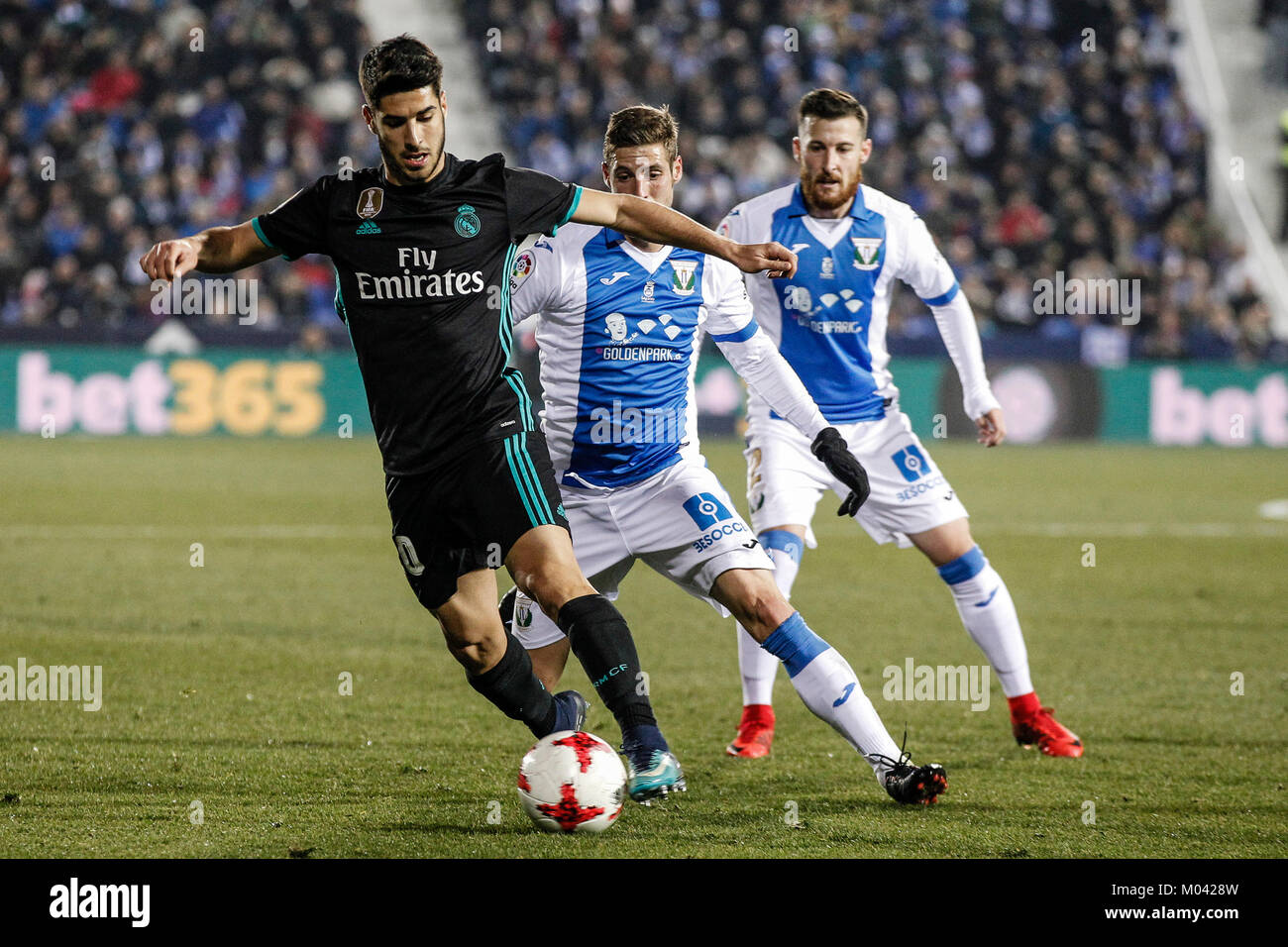 Marco Asensio (Real Madrid) drives forward on the ball Copa del Rey ...