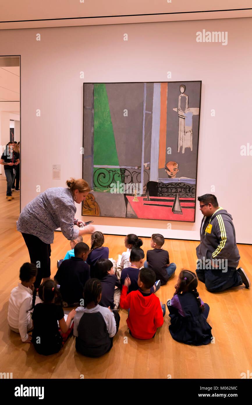 Party of schoolchildren study The Piano Lesson, Henri Matisse, 1916, - Stock Image