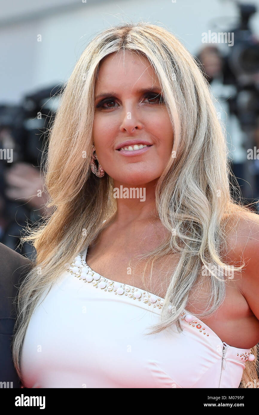 Tiziana Rocca attends the Opening ceremony and Downsizing Premiere during the 74th Venice Film Festival. © - Stock Image