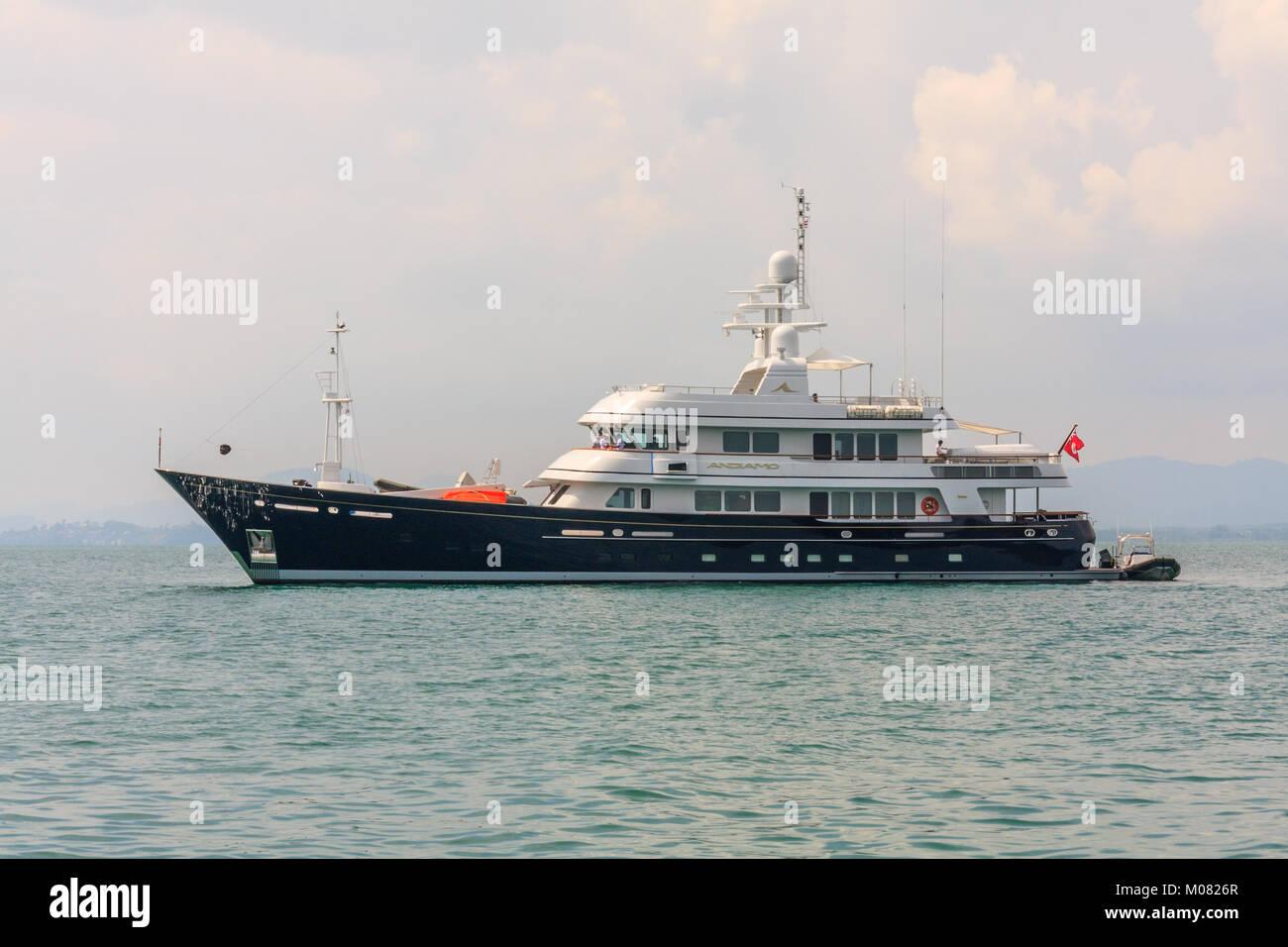 Andiamo luxury charter yacht built by Benetti Stock Photo